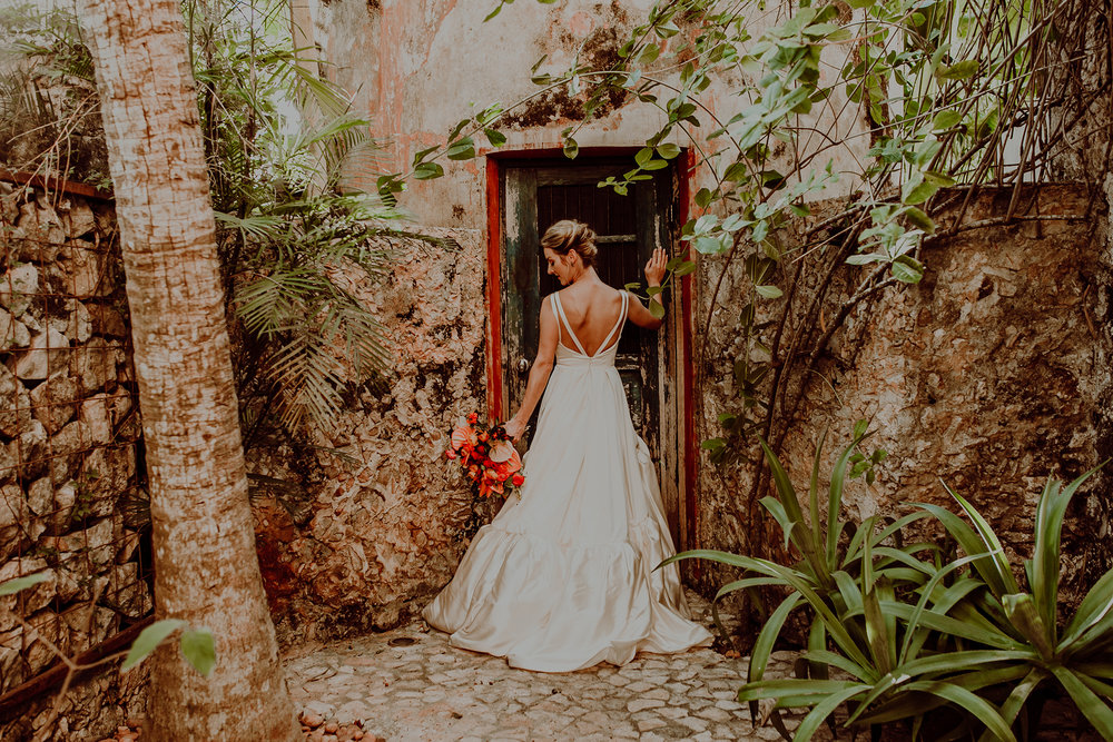 0137N&Cblog_WeddingYucatan_WeddingDestination_FotografoDeBodas_FabrizioSimoneenFotografo_WeddingMexico.jpg
