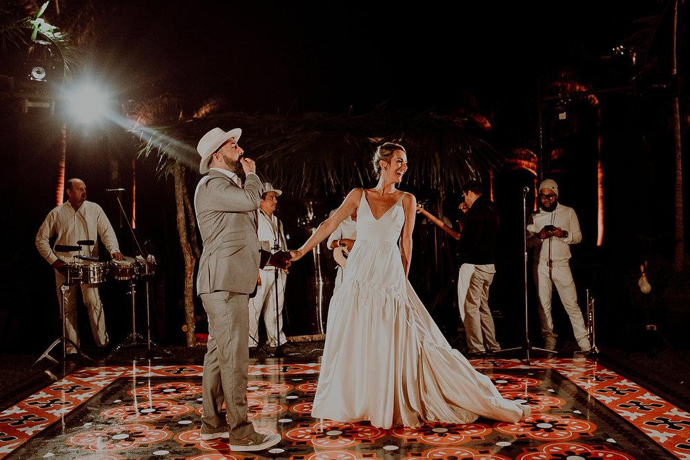 0215N&Cblog_WeddingYucatan_WeddingDestination_FotografoDeBodas_FabrizioSimoneenFotografo_WeddingMexico.jpg