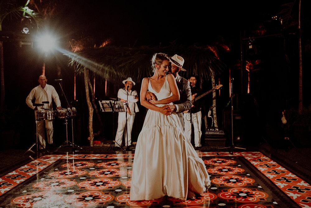 0219N&Cblog_WeddingYucatan_WeddingDestination_FotografoDeBodas_FabrizioSimoneenFotografo_WeddingMexico.jpg