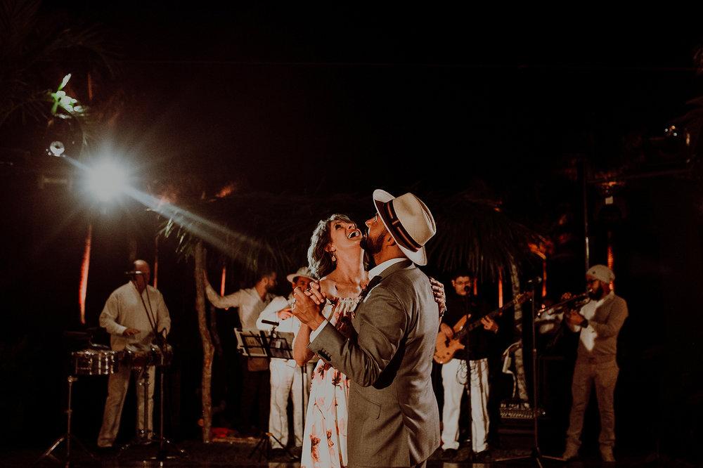0231N&Cblog_WeddingYucatan_WeddingDestination_FotografoDeBodas_FabrizioSimoneenFotografo_WeddingMexico.jpg