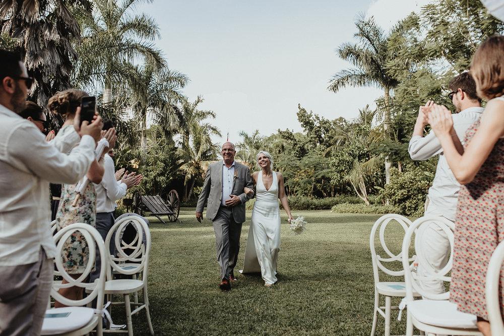 0090V&Pslide_Hacienda_WeddingDstination_MeridaYucatan_HaciendasMerida_BodasMexico_BodasYucatan_Boda_Destino.jpg