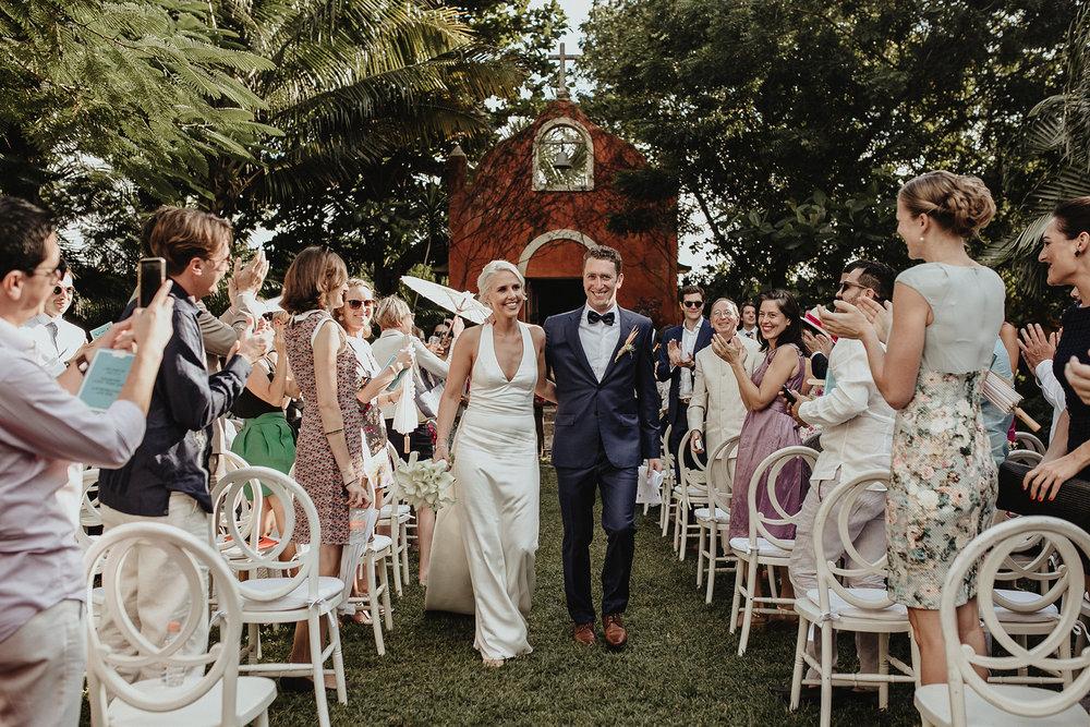 0156V&Pslide_Hacienda_WeddingDstination_MeridaYucatan_HaciendasMerida_BodasMexico_BodasYucatan_Boda_Destino.jpg