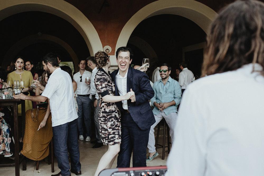 0204V&Pslide_Hacienda_WeddingDstination_MeridaYucatan_HaciendasMerida_BodasMexico_BodasYucatan_Boda_Destino.jpg