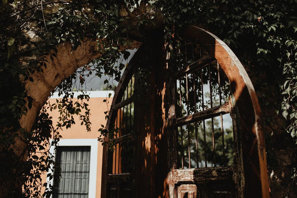0121F&Yslide_WeddingDstination_MeridaYucatan_HaciendasMerida_BodasMexico_BodasYucatan_Boda_Destino.jpg