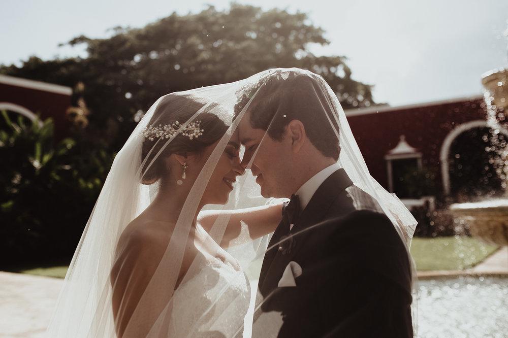 0138F&Yslide_WeddingDstination_MeridaYucatan_HaciendasMerida_BodasMexico_BodasYucatan_Boda_Destino.jpg