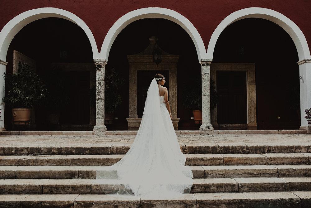 0158F&Yslide_WeddingDstination_MeridaYucatan_HaciendasMerida_BodasMexico_BodasYucatan_Boda_Destino.jpg