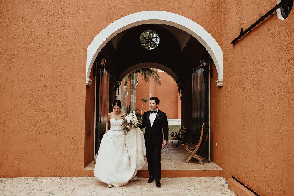 0171F&Yslide_WeddingDstination_MeridaYucatan_HaciendasMerida_BodasMexico_BodasYucatan_Boda_Destino.jpg