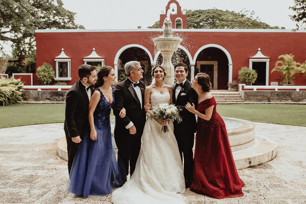 0180F&Yslide_WeddingDstination_MeridaYucatan_HaciendasMerida_BodasMexico_BodasYucatan_Boda_Destino.jpg