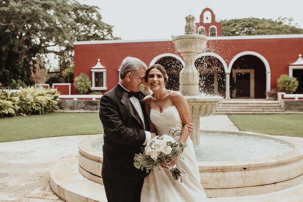 0182F&Yslide_WeddingDstination_MeridaYucatan_HaciendasMerida_BodasMexico_BodasYucatan_Boda_Destino.jpg