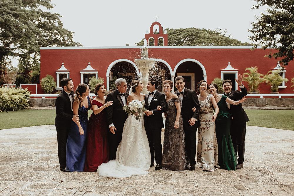 0188F&Yslide_WeddingDstination_MeridaYucatan_HaciendasMerida_BodasMexico_BodasYucatan_Boda_Destino.jpg