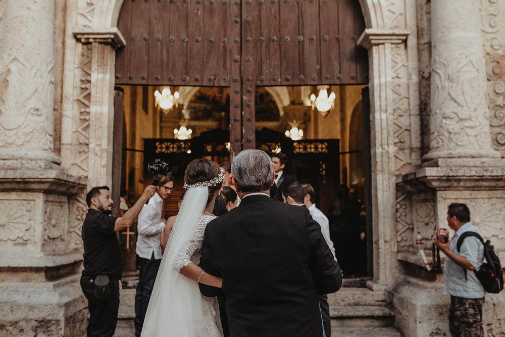 0209F&Yslide_WeddingDstination_MeridaYucatan_HaciendasMerida_BodasMexico_BodasYucatan_Boda_Destino.jpg