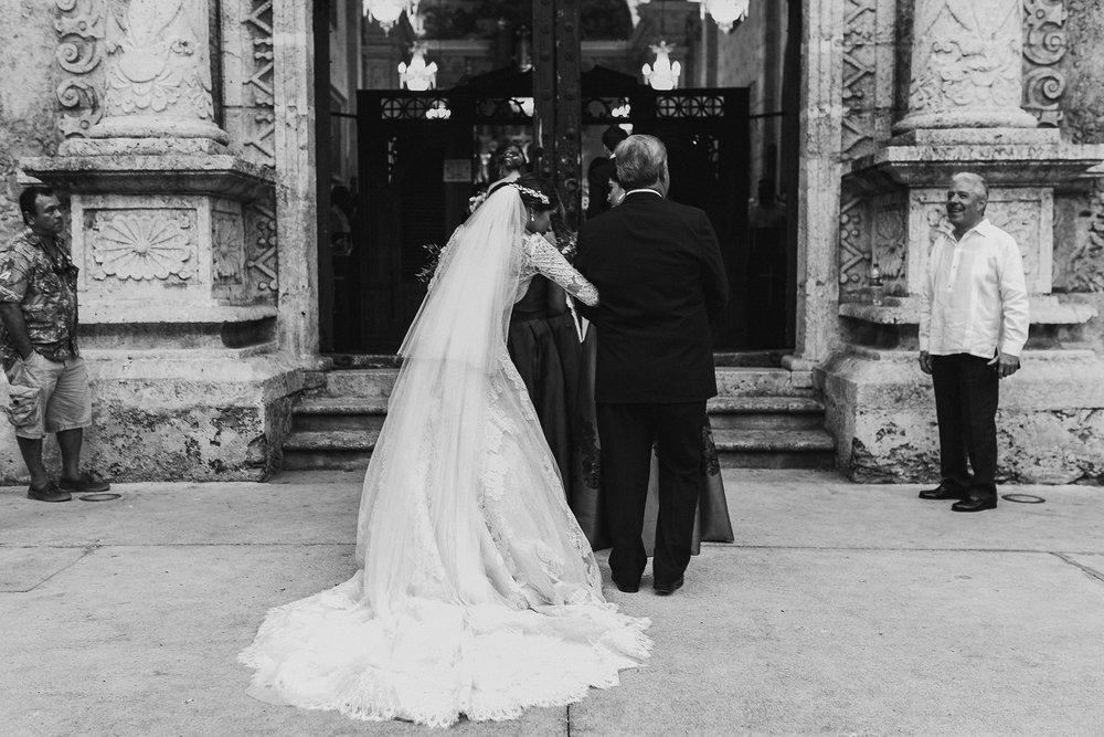 0217F&Yslide_WeddingDstination_MeridaYucatan_HaciendasMerida_BodasMexico_BodasYucatan_Boda_Destino.jpg
