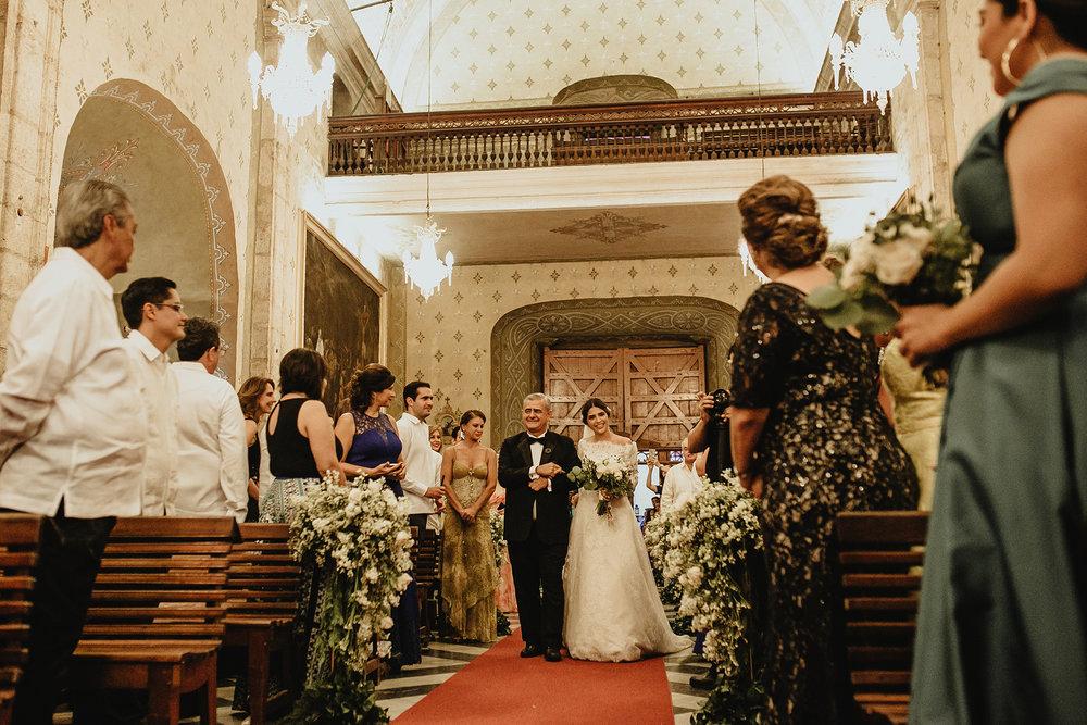 0223F&Yslide_WeddingDstination_MeridaYucatan_HaciendasMerida_BodasMexico_BodasYucatan_Boda_Destino.jpg