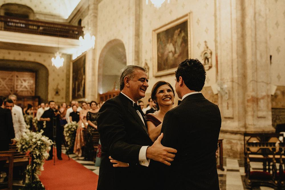 0235F&Yslide_WeddingDstination_MeridaYucatan_HaciendasMerida_BodasMexico_BodasYucatan_Boda_Destino.jpg