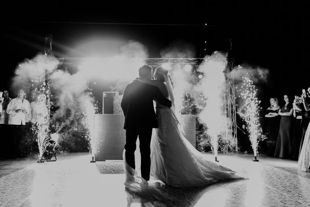 0287F&Yslide_WeddingDstination_MeridaYucatan_HaciendasMerida_BodasMexico_BodasYucatan_Boda_Destino.jpg
