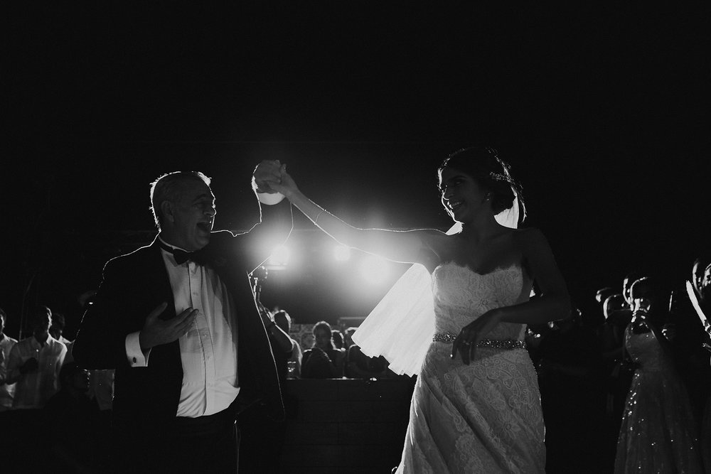 0341F&Yslide_WeddingDstination_MeridaYucatan_HaciendasMerida_BodasMexico_BodasYucatan_Boda_Destino.jpg