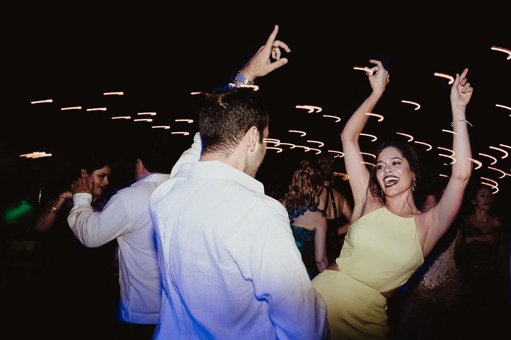 0375F&Yslide_WeddingDstination_MeridaYucatan_HaciendasMerida_BodasMexico_BodasYucatan_Boda_Destino.jpg