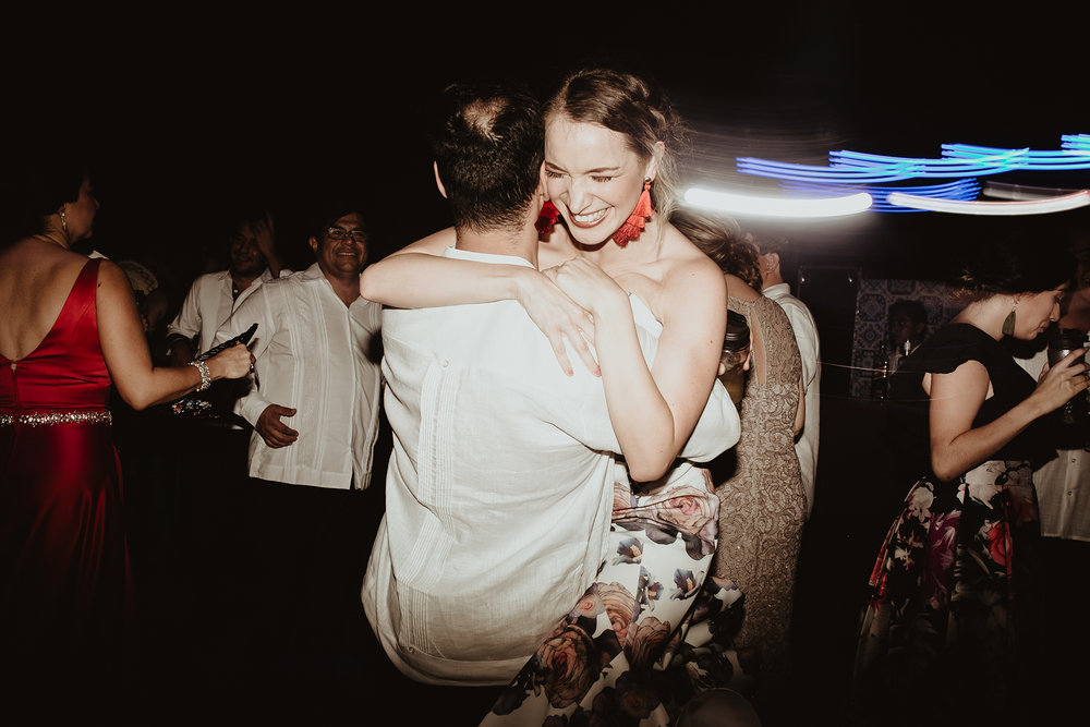0388F&Yslide_WeddingDstination_MeridaYucatan_HaciendasMerida_BodasMexico_BodasYucatan_Boda_Destino.jpg