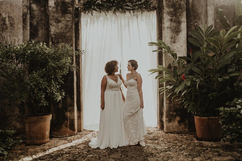 0190V&Aslide_HaciendaSacChic_WeddingGay_WeddingDstination_MeridaYucatan_HaciendasMerida_BodasMexico_BodasYucatan_Boda_Destino.jpg