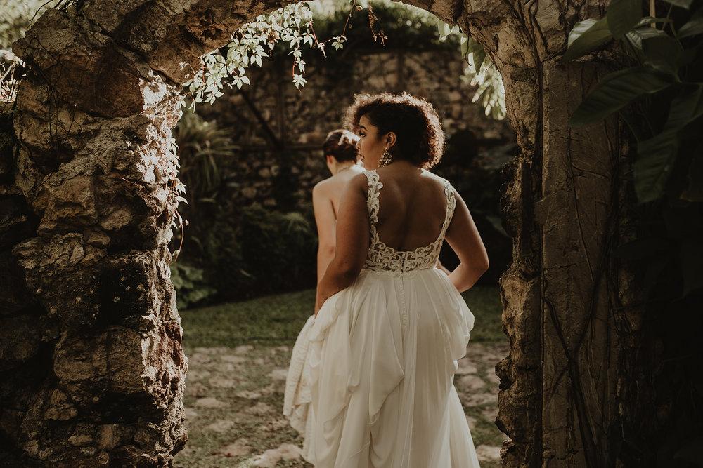 0196V&Aslide_HaciendaSacChic_WeddingGay_WeddingDstination_MeridaYucatan_HaciendasMerida_BodasMexico_BodasYucatan_Boda_Destino.jpg