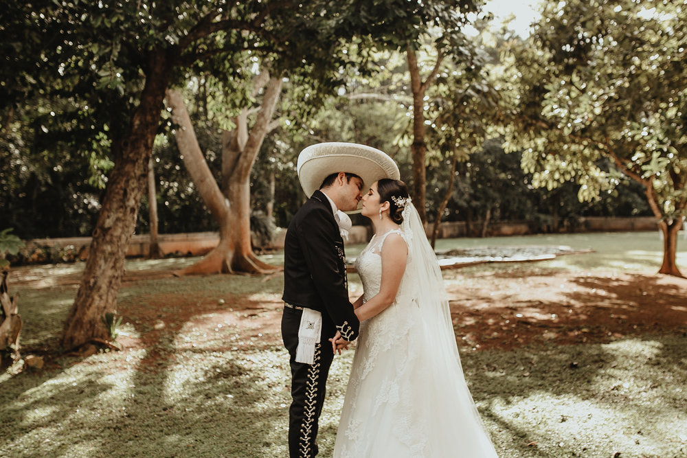 0122E&ARslide_HaciendaTekikDeRegil_WeddingDstination_MeridaYucatan_HaciendasMerida_BodasMexico_BodasYucatan_Boda_Destino.jpg