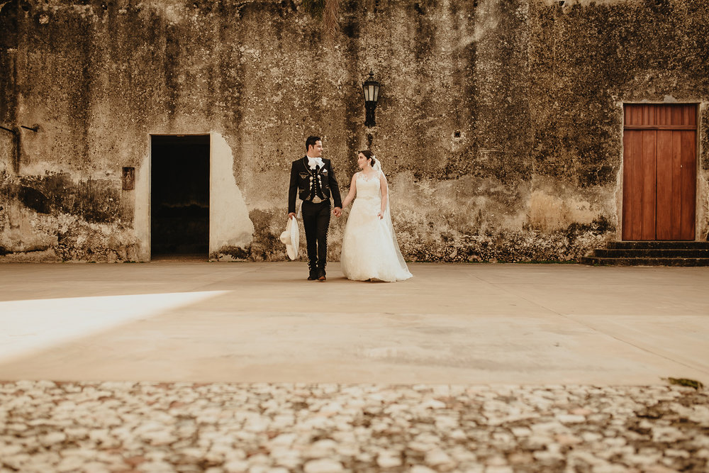 0165E&ARslide_HaciendaTekikDeRegil_WeddingDstination_MeridaYucatan_HaciendasMerida_BodasMexico_BodasYucatan_Boda_Destino.jpg