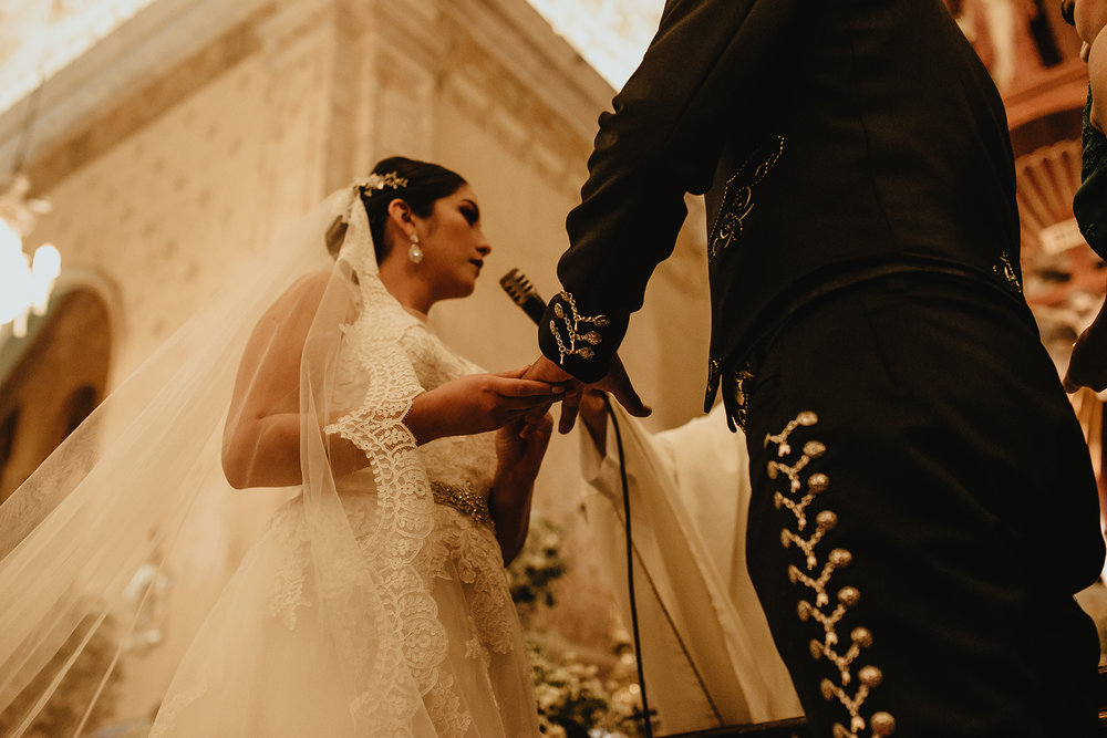 0252E&ARslide_HaciendaTekikDeRegil_WeddingDstination_MeridaYucatan_HaciendasMerida_BodasMexico_BodasYucatan_Boda_Destino.jpg