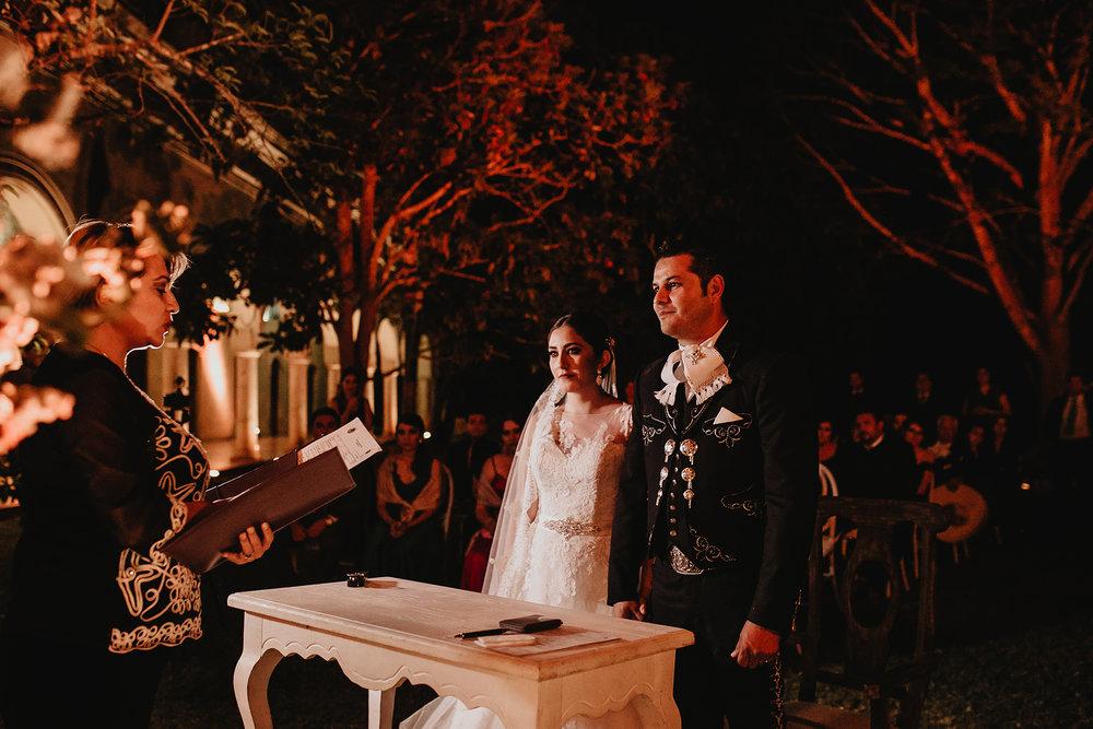 0305E&ARslide_HaciendaTekikDeRegil_WeddingDstination_MeridaYucatan_HaciendasMerida_BodasMexico_BodasYucatan_Boda_Destino.jpg