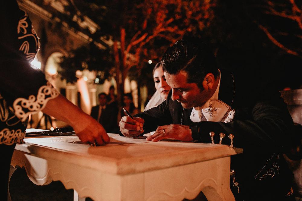 0312E&ARslide_HaciendaTekikDeRegil_WeddingDstination_MeridaYucatan_HaciendasMerida_BodasMexico_BodasYucatan_Boda_Destino.jpg
