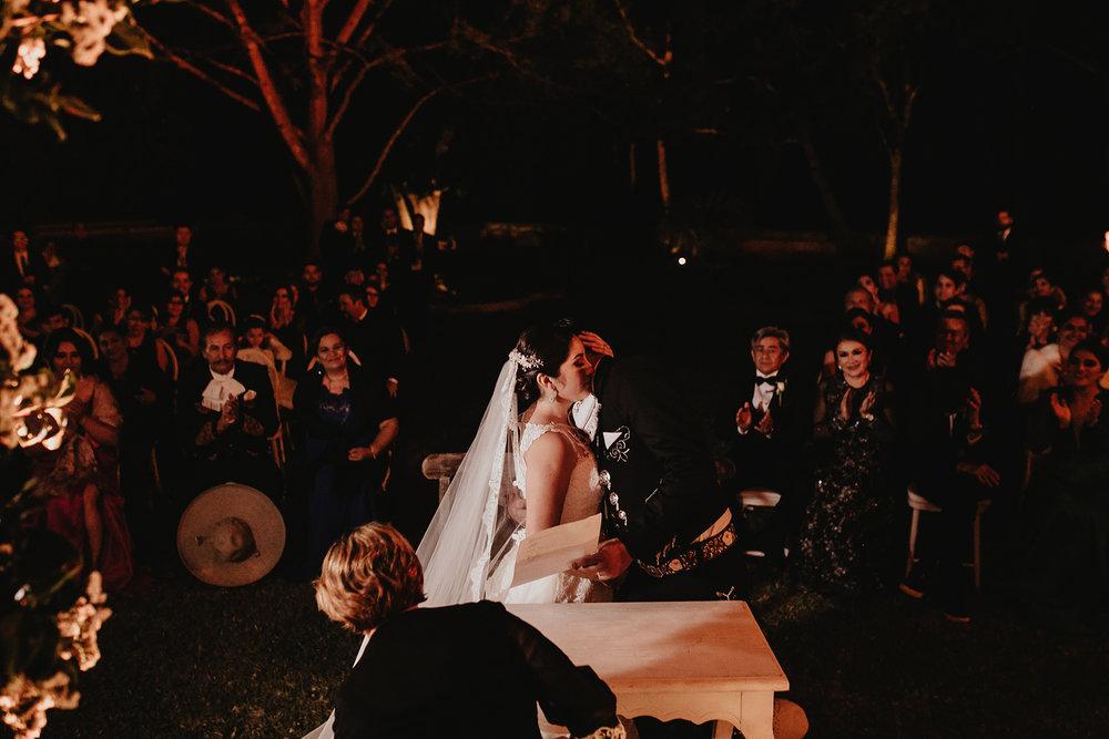 0324E&ARslide_HaciendaTekikDeRegil_WeddingDstination_MeridaYucatan_HaciendasMerida_BodasMexico_BodasYucatan_Boda_Destino.jpg