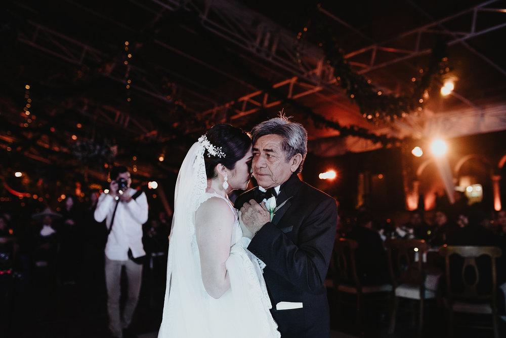 0365E&ARslide_HaciendaTekikDeRegil_WeddingDstination_MeridaYucatan_HaciendasMerida_BodasMexico_BodasYucatan_Boda_Destino.jpg