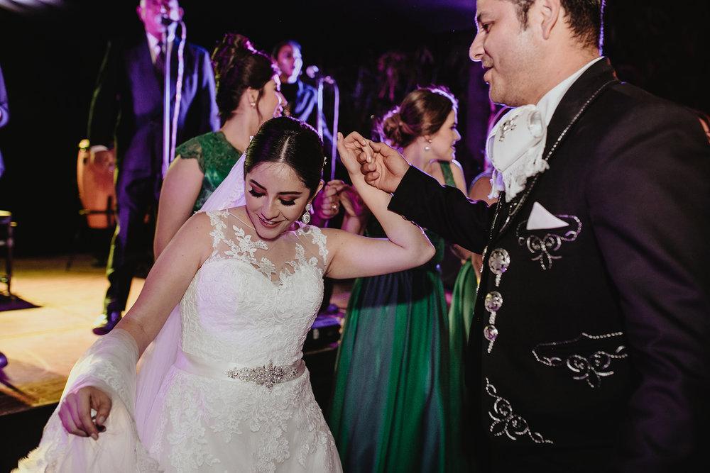 0376E&ARslide_HaciendaTekikDeRegil_WeddingDstination_MeridaYucatan_HaciendasMerida_BodasMexico_BodasYucatan_Boda_Destino.jpg