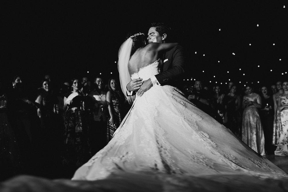 0358F&Yslide_WeddingDstination_MeridaYucatan_HaciendasMerida_BodasMexico_BodasYucatan_Boda_Destino.jpg