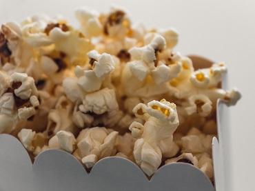 popcorn christian-wiediger-622476-unsplash.jpg