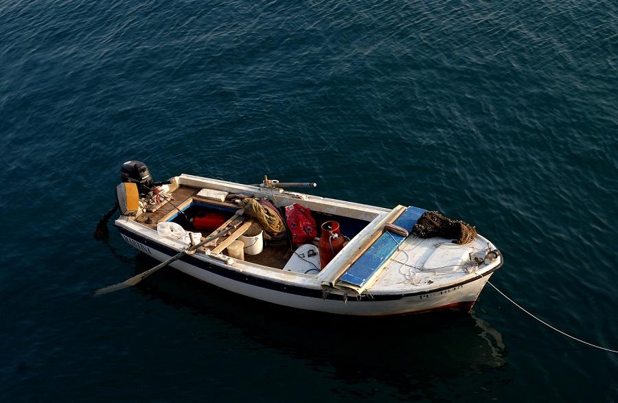 boat lucijan-blagonic-596654-unsplash.jpg