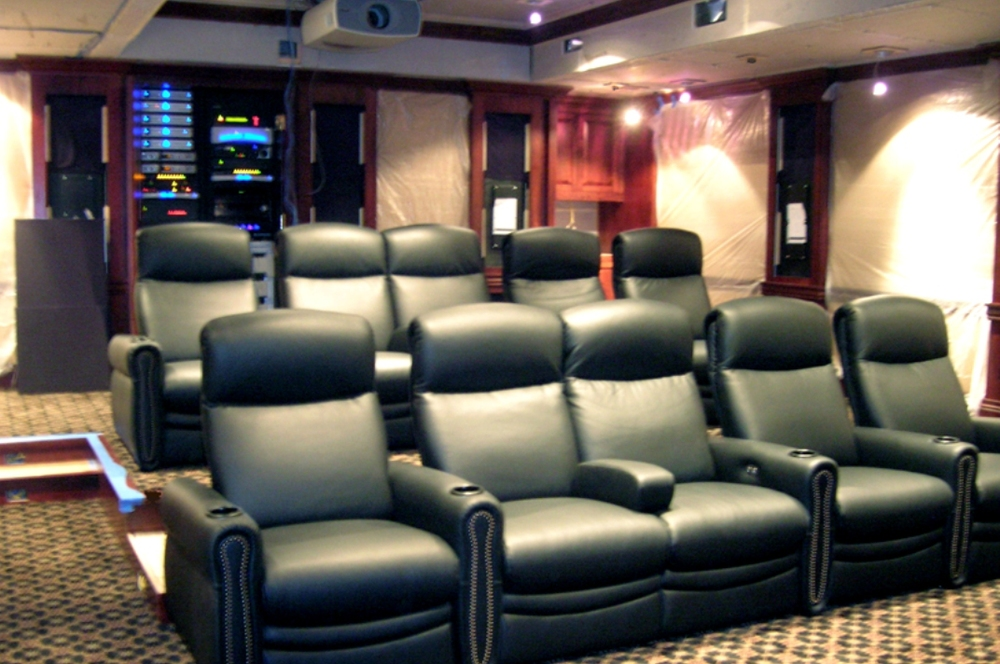 Fully powered theater seating makes this the perfect place to enjoy movies with an experience far beyond the level of commercial theaters