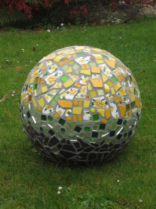 K800_Mosaik+Kugel+008[1].jpg