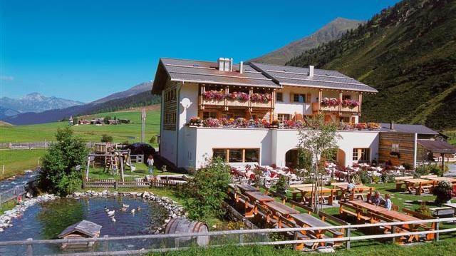 Hotel Walserhuus