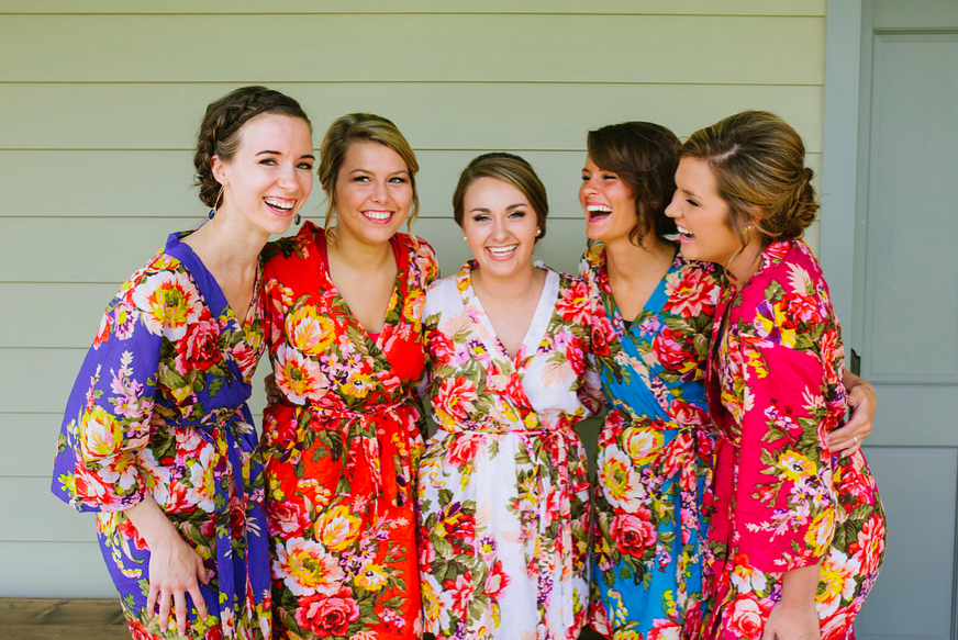 Bridesmaids_Carnton_Plantation_Floral_Robes_Simply_Yours_Weddings_Megan_McGee_Photography.jpeg