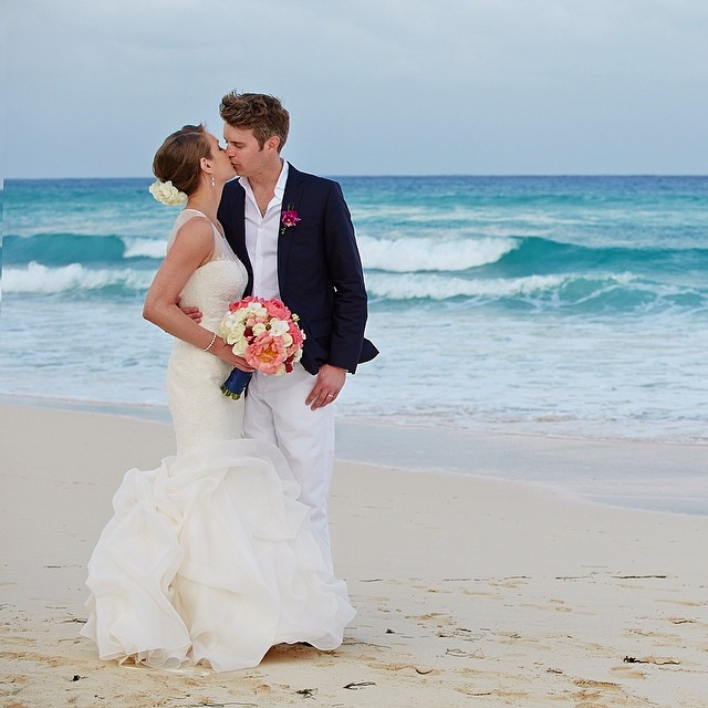 Emily_Mark_Courtney_Davidson_Photography_Destination_Wedding_Le_Reve_Playa_del_Carmen_Simply_Yours_Weddings_Vanessa_Jaimes.jpeg