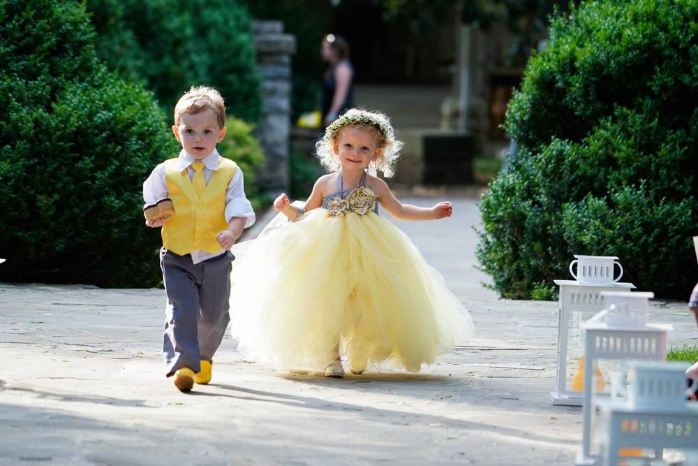Flower_Girl_Ring_Bearer_Belle_Meade_Plantation_Simply_yours_Weddings_Matt_Dana.jpeg