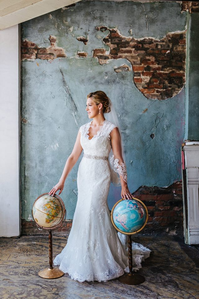 Page_Travis_Houston_Station_Bride_Globes_Travel_Simply_yours_Weddings_Matt_Andrews_Photography.jpeg