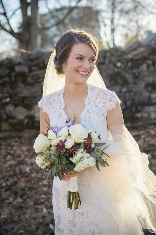 Suzanne_Kane_Bridal_Simply_Yours_Weddings_Belle_Meade_Plantation_Aylssa_Noel_Photography.jpeg