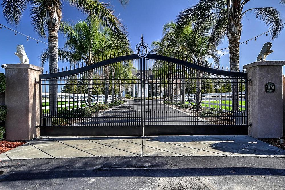 12956  Monroe Ave Los Banos CA-large-002-Gated Front Entrance-1500x1000-72dpi.jpg