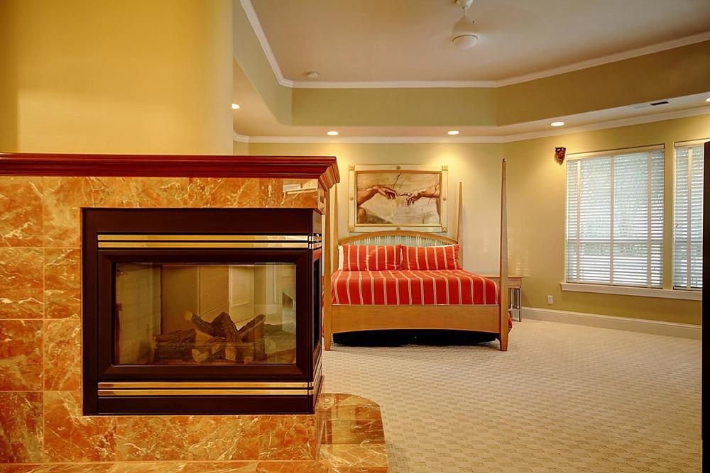 12956  Monroe Ave Los Banos CA-large-050-Master Suite-1500x1000-72dpi.jpg