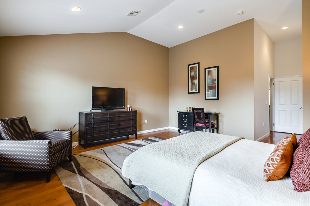 1251 N Howard St-MLS-21.jpg