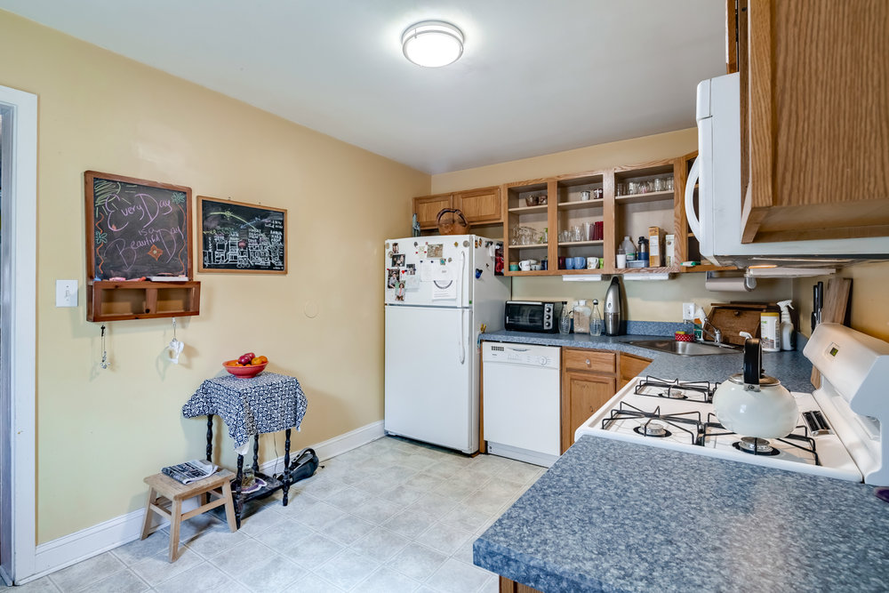 3638 Midvale Ave-MLS-15.jpg