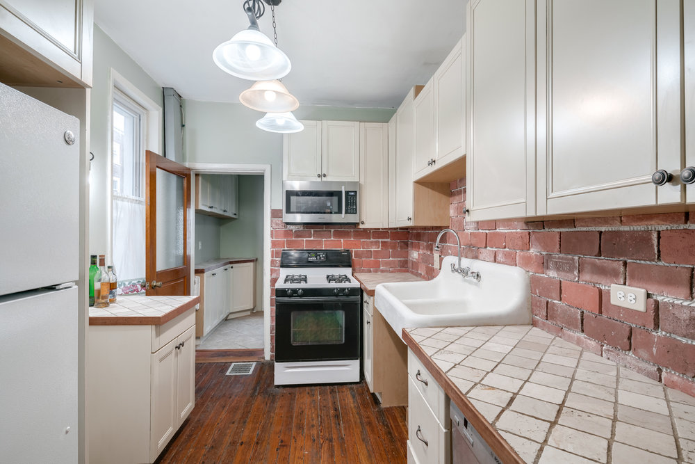 2362 E Gordon St-MLS-7.jpg