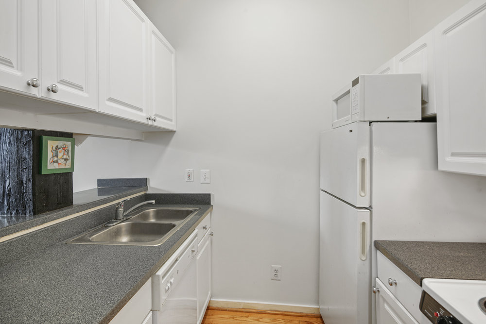 1010 Race St Unit 8G-MLS-8.jpg