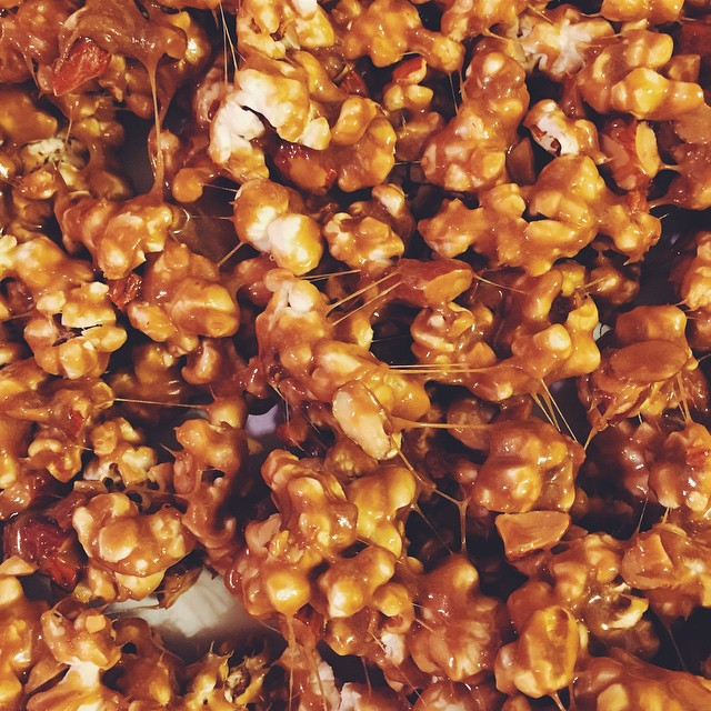 S N A C K S. #artisan #dessert #foodie #foodporn #caramel #instagood #igers #la #losangeles #noeycakes #vscocam #bestofvsco #popcorn